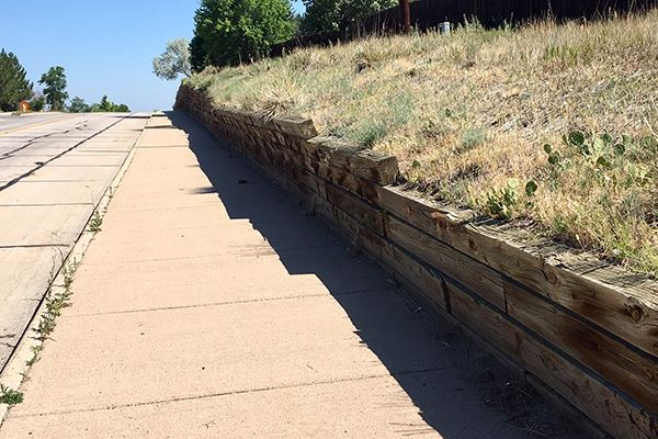 Parkglenn Way Retaining Wall