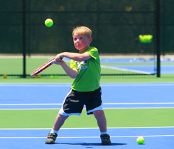 http://www.parkeronline.org/images/pages/N1250/YouthTennis3.jpg